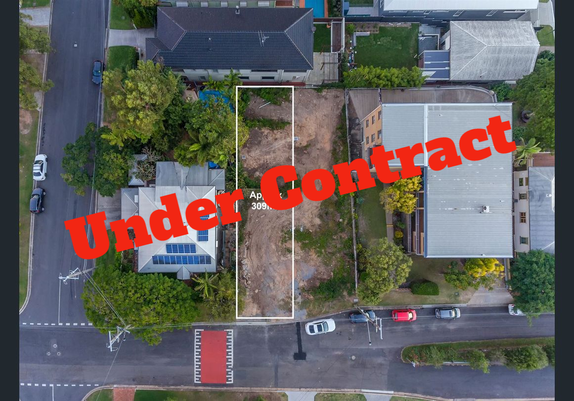 Balmoral Inner-City + Hilltop location + City Views – Under Contract